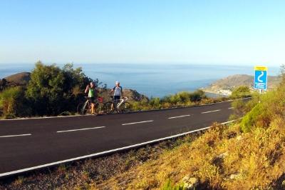 Küstenstraße bei El Port de la Selva