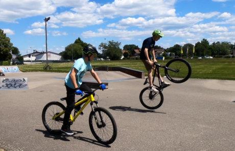 Finn Maager Street Training